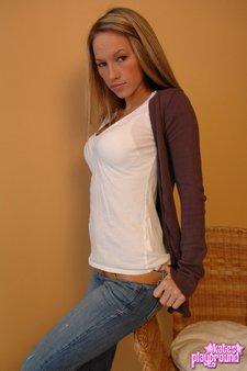 kate-jeans-panties-01